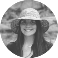 MACKENZIE METER / MARKETING SPECIALIST AND COPYWRITER